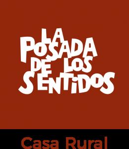 Logo de la Casa Rural La Posada de los Sentidos en Fondo Rojo
