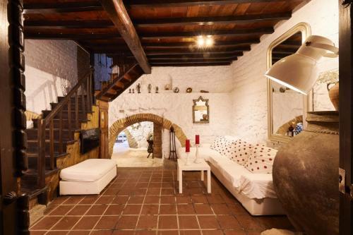 Casa rural La Posada de los Sentidos, en Jarandilla de la Vera (Cáceres). Un espectacular diseño arquitectónico e interiorismo que invita al descanso y la tranquilidad antes de lanzarse a disfrutar de la riqueza que ofrece el turismo rural de la zona